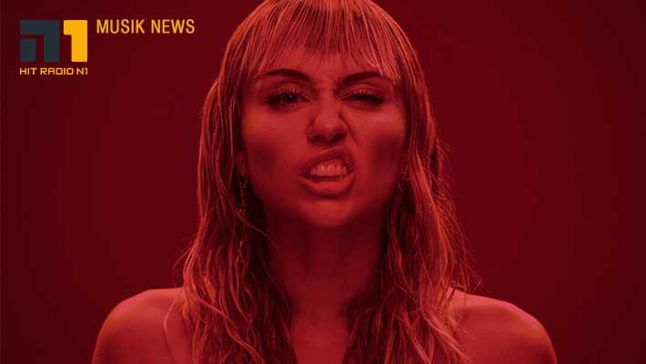 Miley Cyrus & Cody Simpson - was Ernstes oder nicht?