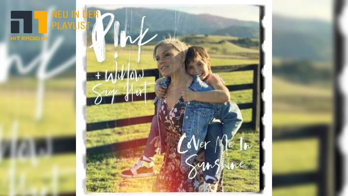 Pink – Cover Me In Sunshine